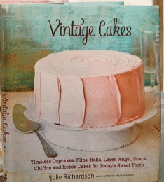 Vintage Cakes!