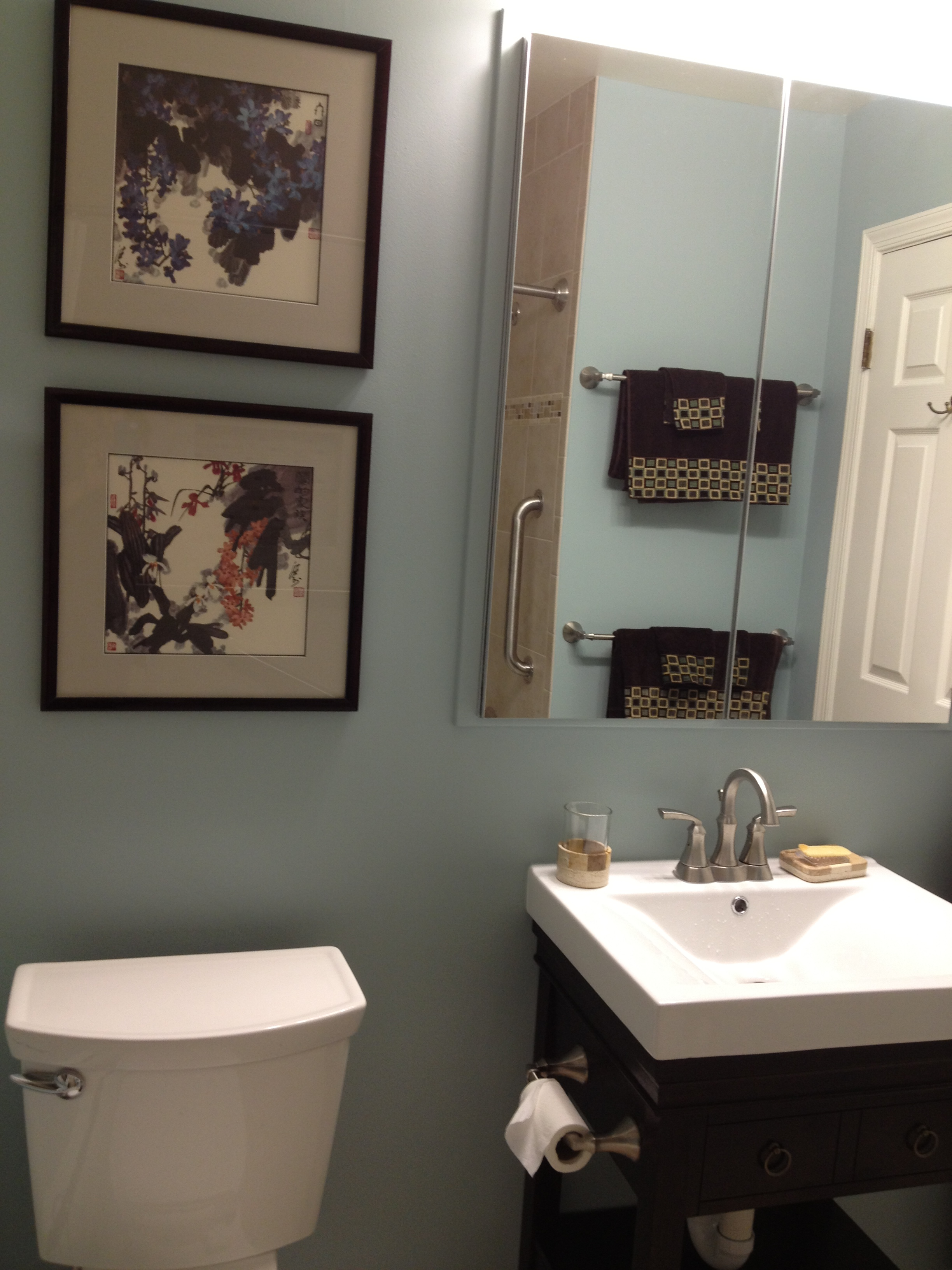 Benjamin Moore Wedgewood Gray Simply Turquoise