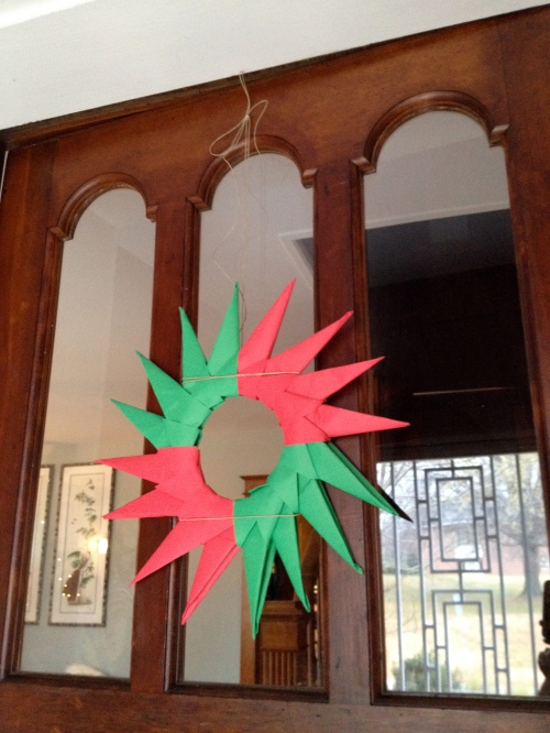 Origami wreath, by Secondo.